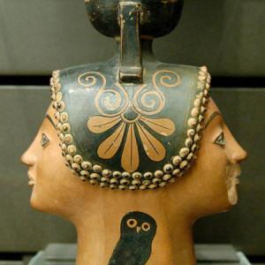 49-450px-Janiform_aryballos_Skythes_Louvre_CA986